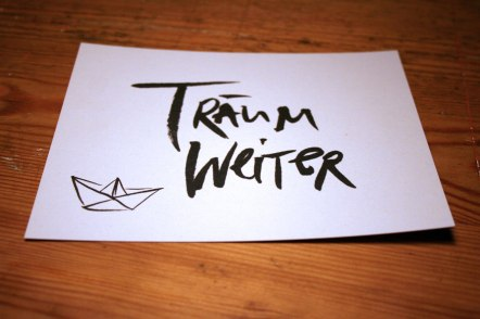 http://de.dawanda.com/product/94101127-postkarte-traeum-weiter
